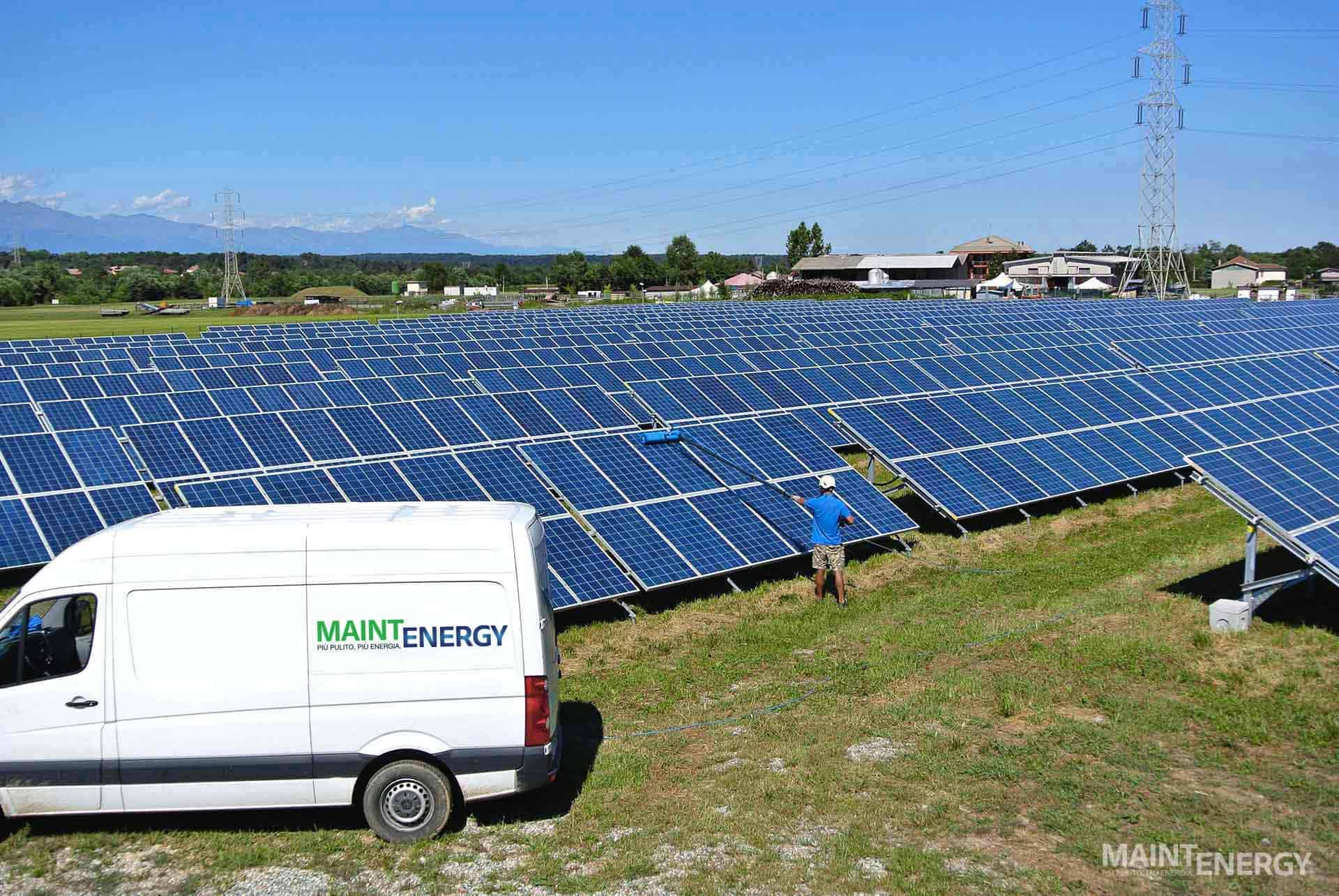 Impresa lavaggio fotovoltaico